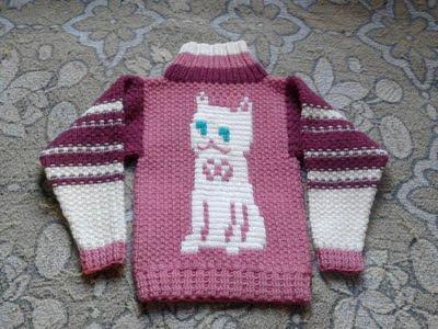 Детский вязаный свитер для мальчика и девочки с кошкой