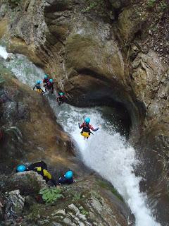 canyon de Nyon,séjour,canyoning,plouf,le canyoneur,saut,toboggan,rappel