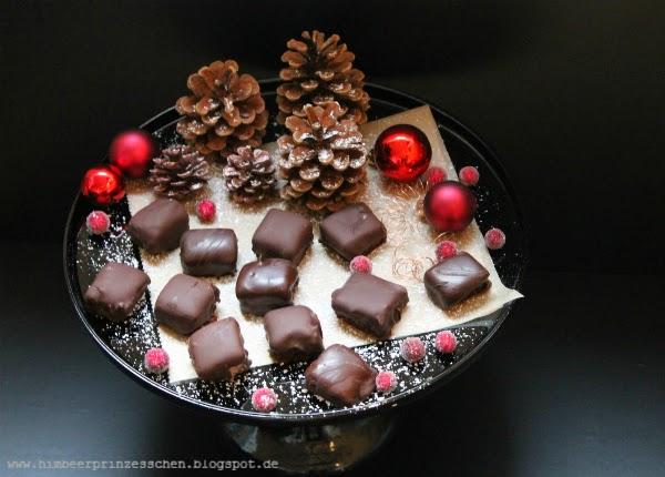 Dominosteine Give-away mydays Weihnachten Gewinnspiel Tannenzapfen Weihnachtskugeln Himbeerprinzesschen