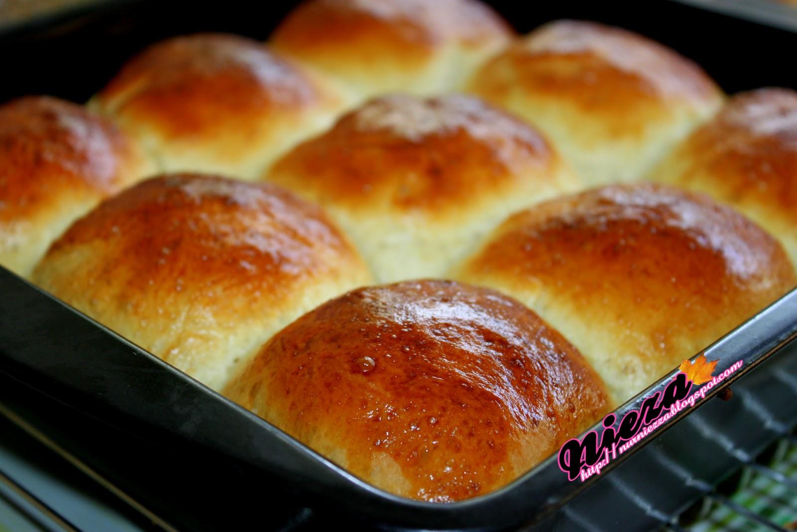 dan salam sejahtera buat semua hari ni layan roti jer lah roti