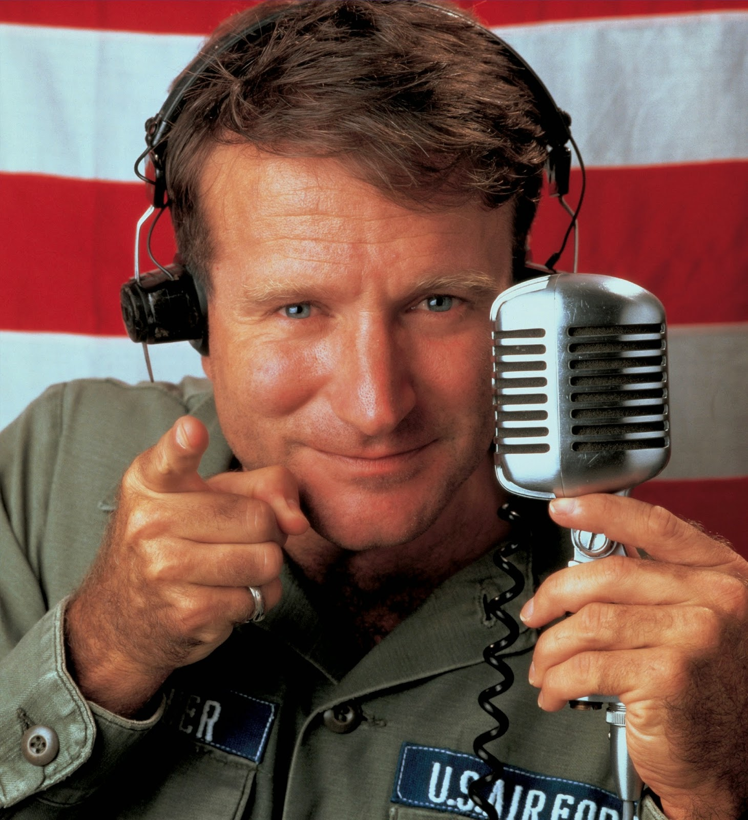 Robin Williams transferred the rights to use his image to a charity fund 03/31/2015 36