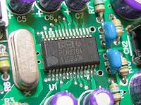 使用チップはポピュラーなPCM2704