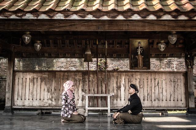 foto prewedding tradisional jawa di kotagede jogja
