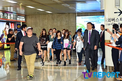 snsd airport picture arrival