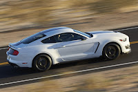 New-Ford-Mustang-Shelby-GT350-17.jpg