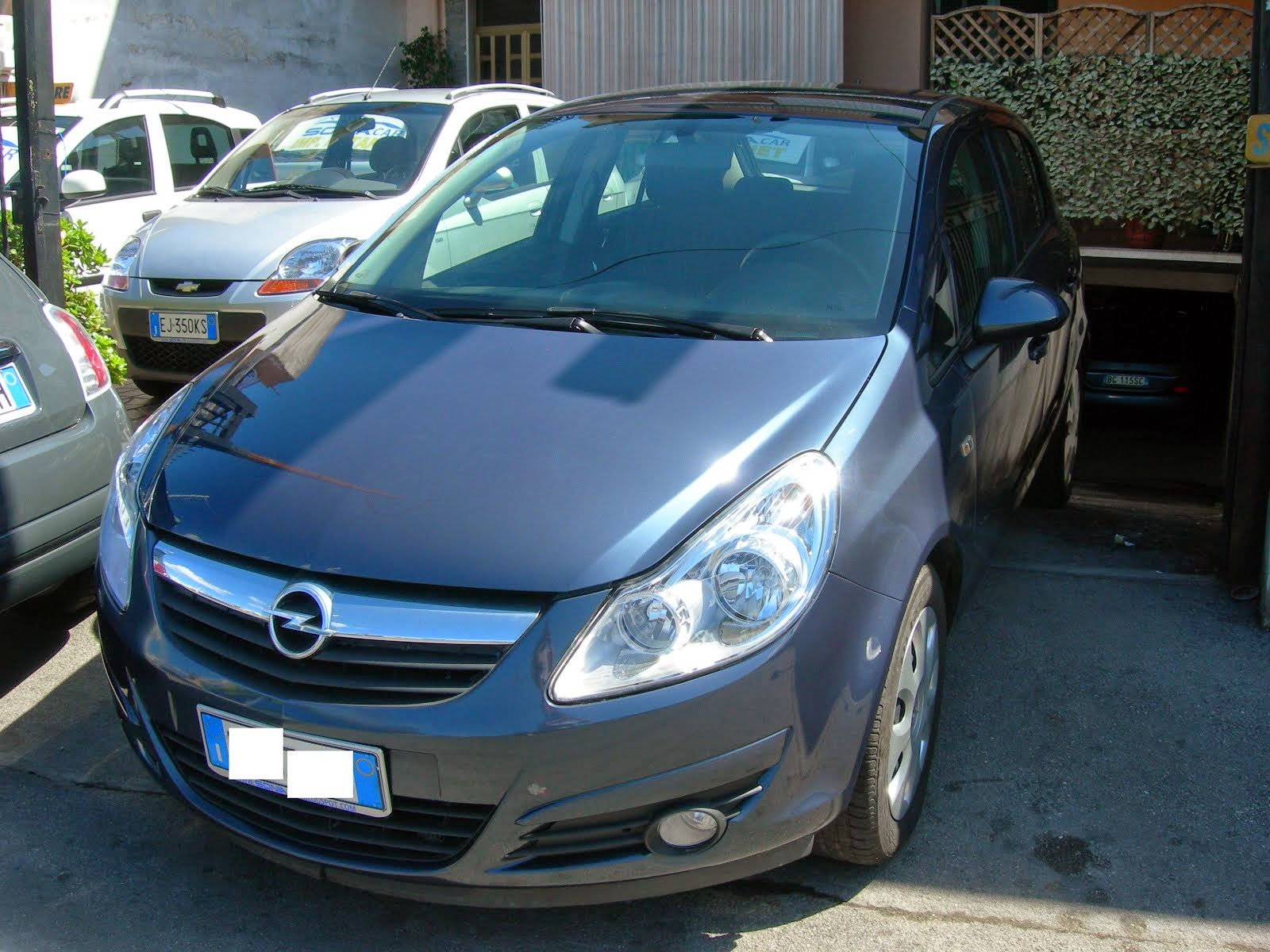 Opel Corsa 1.2 Eco Metano 2010 7.000,00 Euro