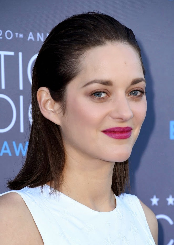 Marion Cotillard is stunning in Dior Couture at the 2015 Critics' Choice Movie Awards