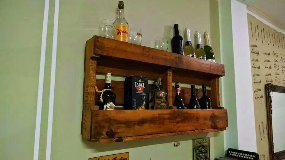 Casa paletes m veis r sticos bar for Bar en casa rustico