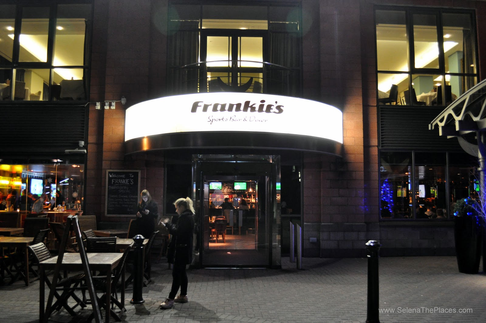 Frankie's Sports Bar & Diner, London