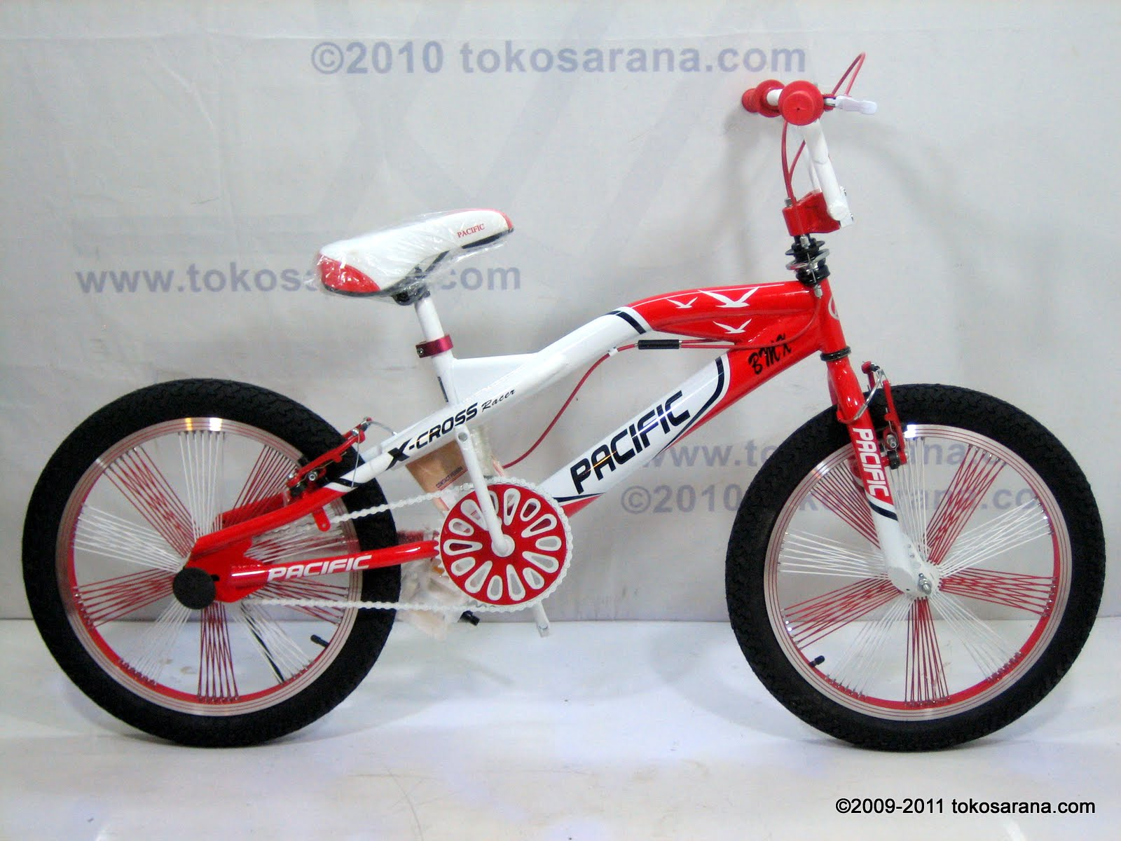 20 Inch Pacific X-Cross Racer Free Style BMX Bike 1