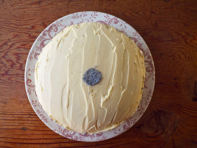 earl grey and maple syrup cake