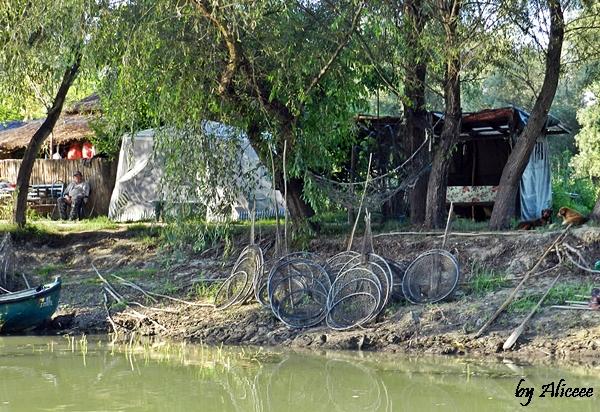 viata-pescarilor-in-delta