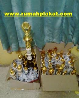 Trophy Award, Jual Trophy, Piala Kristal, 0812.3365.6355, www.rumahplakat.com
