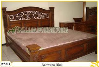 Tempat tidur ukiran kayu jati Rahwana Blok