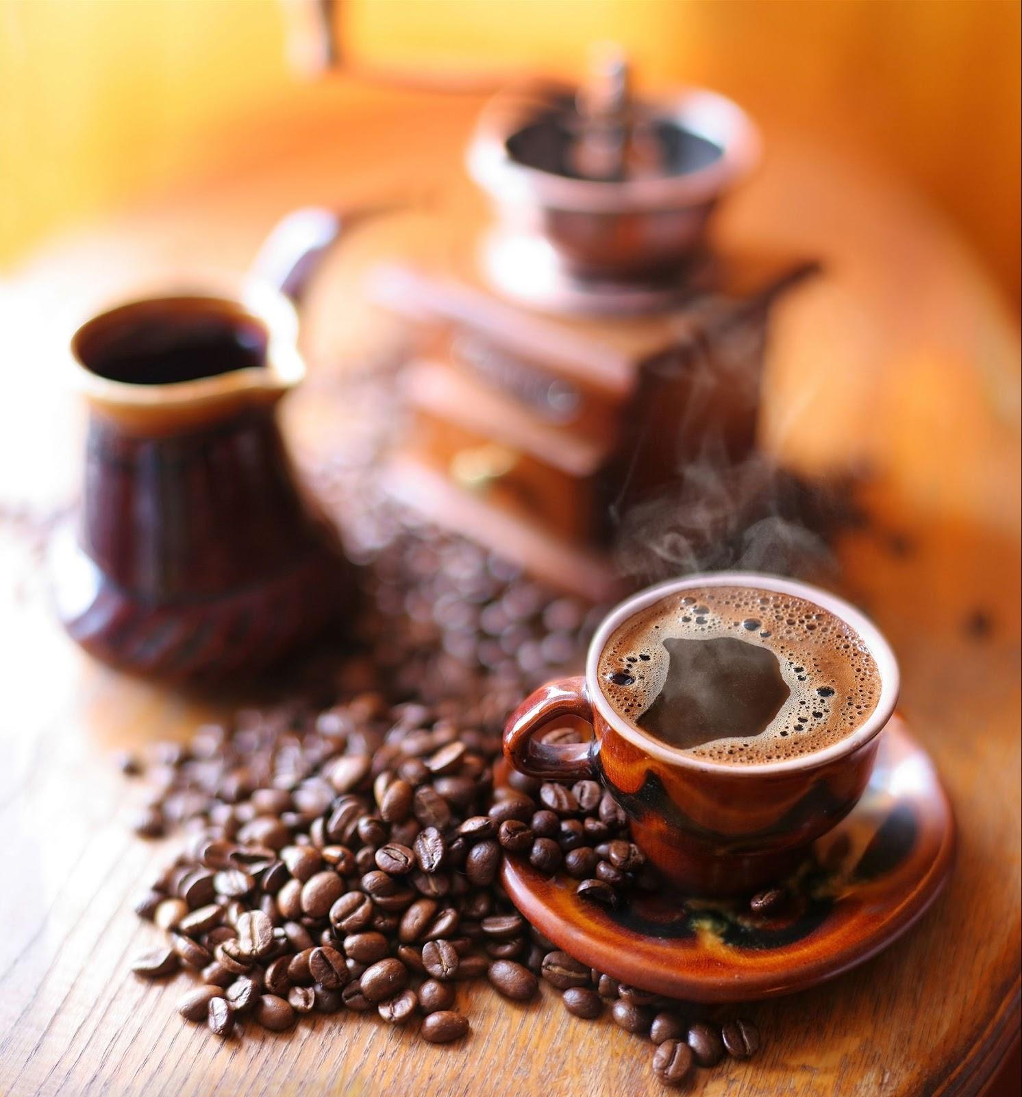 Banco de im genes 9 fotograf as de caf en grano en for Decoracion con tazas de cafe