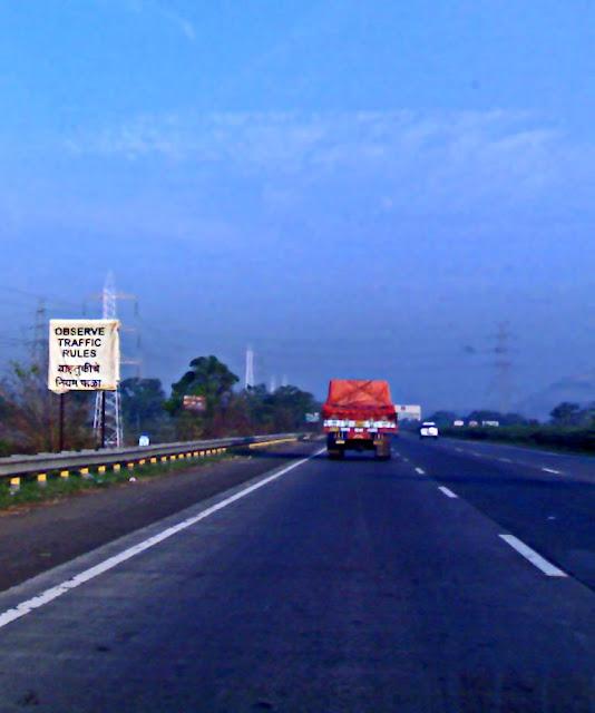 sign on Mumbai-Pune expressway