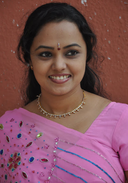 lavanya in saree hot photoshoot