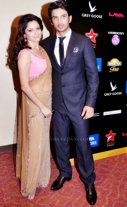 Ankita-lokhande-with-Sushanth-singh-Rajput-at-IIFA-2013
