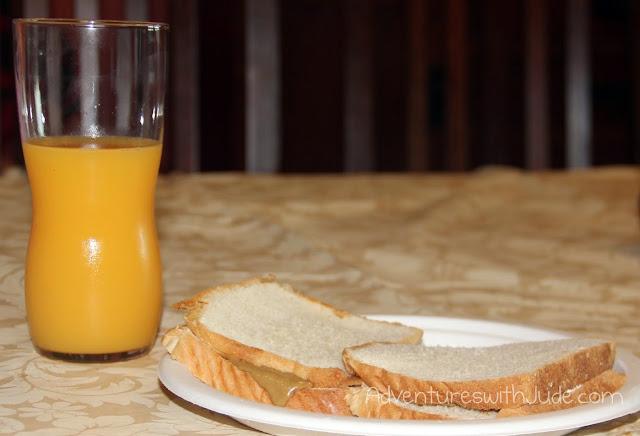 breakfast - sunbutter and fluff and OJ
