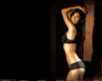 nicole_scherzinger_photo_shoot_in_lingerie_fun_hungama_forsweetangels.blogspot.com