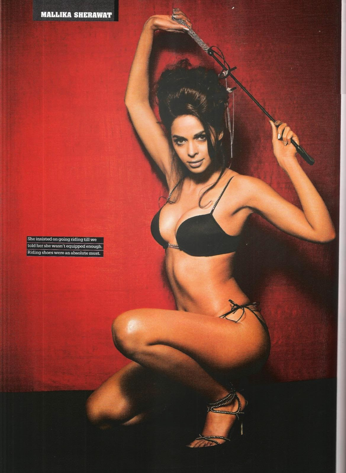 Mallika Sherawat hot naked navel kissing photos body bollywood images