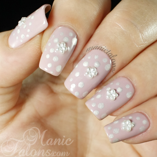 Dots and Pearl Flowers Manicure
