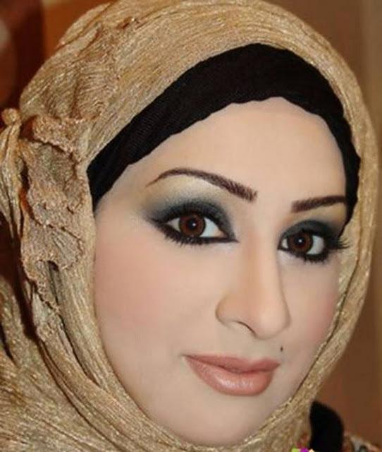 Foto Wanita Jilbab Tercantik di Dunia Fathima Zohar Kulsum Godabari