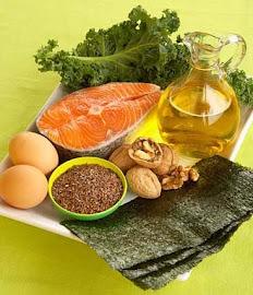 Fuentes de Omega 3 : Pescados, semillas , frutos secos..