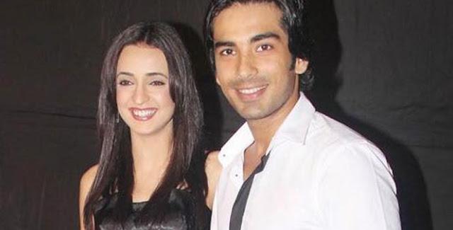 Sanaya Irani & Mohit Sehgal Couple HD Wallpapers Free Download