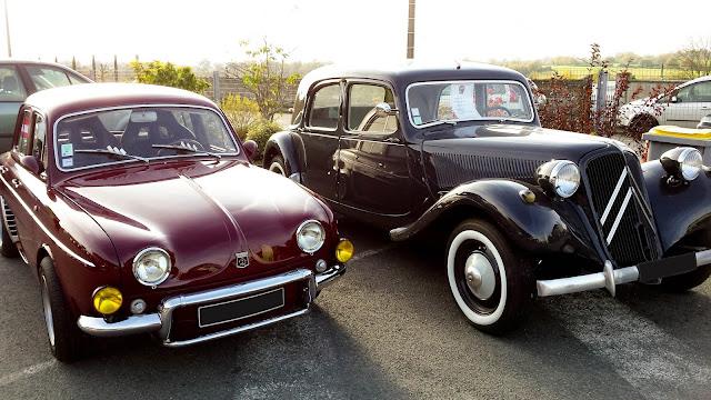 Renault dauphine et Citroën Traction Avant