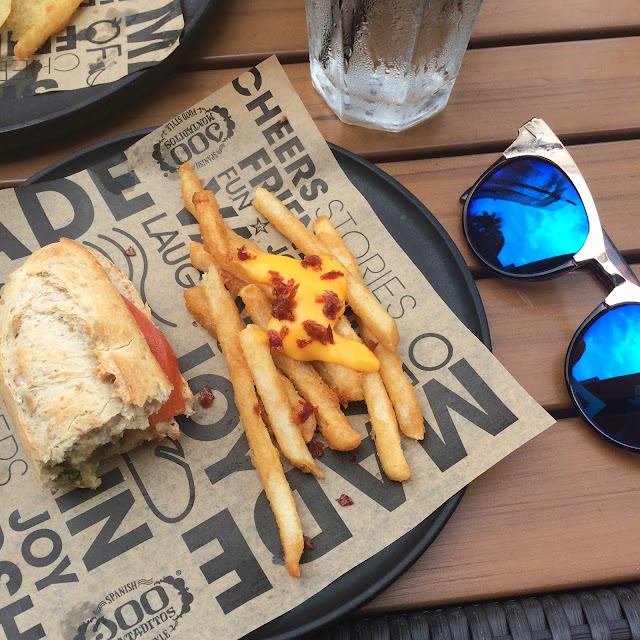 100 montaditos, Lauren Banawa, fashion blogger food pictures, blue lens sunglasses