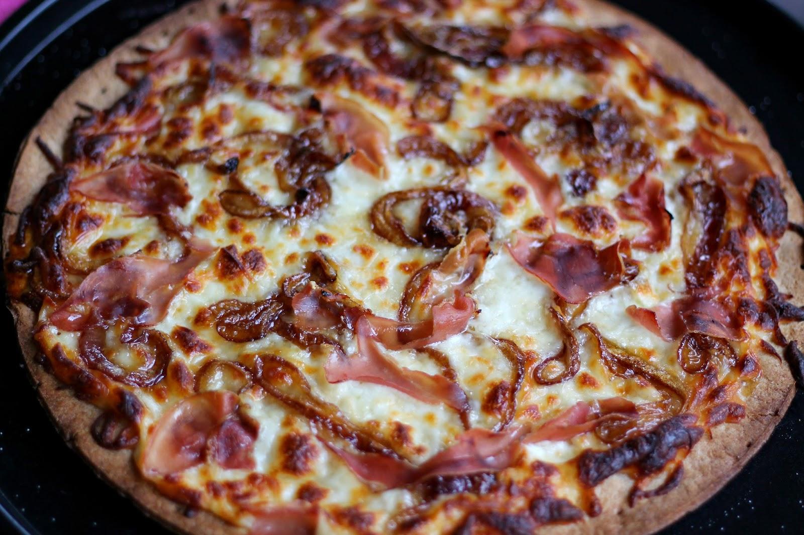 Carolina Charm: Caramelized Onion & Prosciutto Pizza
