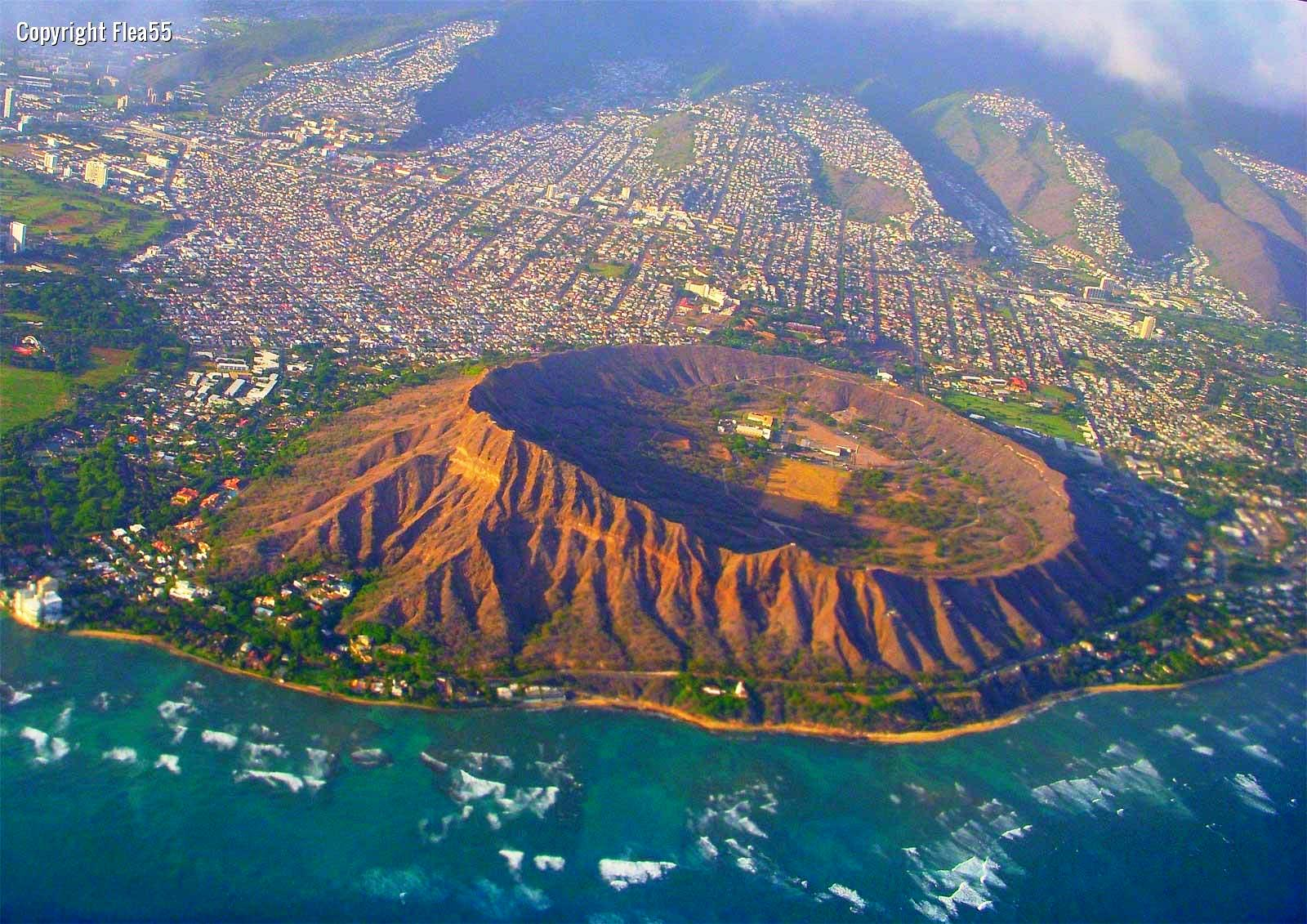 Diamond+Head+Crater,+Hawaii+04.jpg