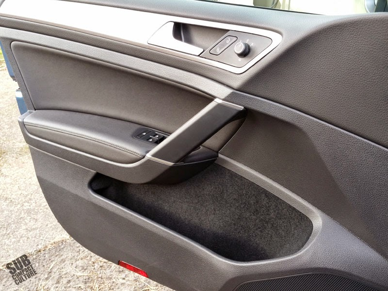 VW e-Golf door panel