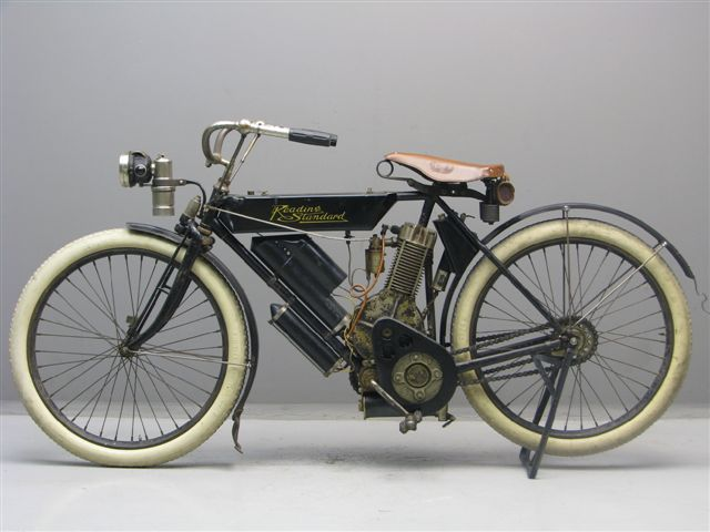 "History of Reading-Standard Motorcycles ""The Antique Motorcycle"""