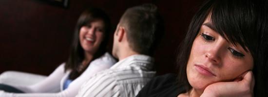 كيف تعالج وتتخلص من الغيرة فى الحب - امرأة تغير تغار - woman jealous - jealousy