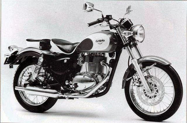 Gambar motor klasik Kawasaki Estrella 250cc