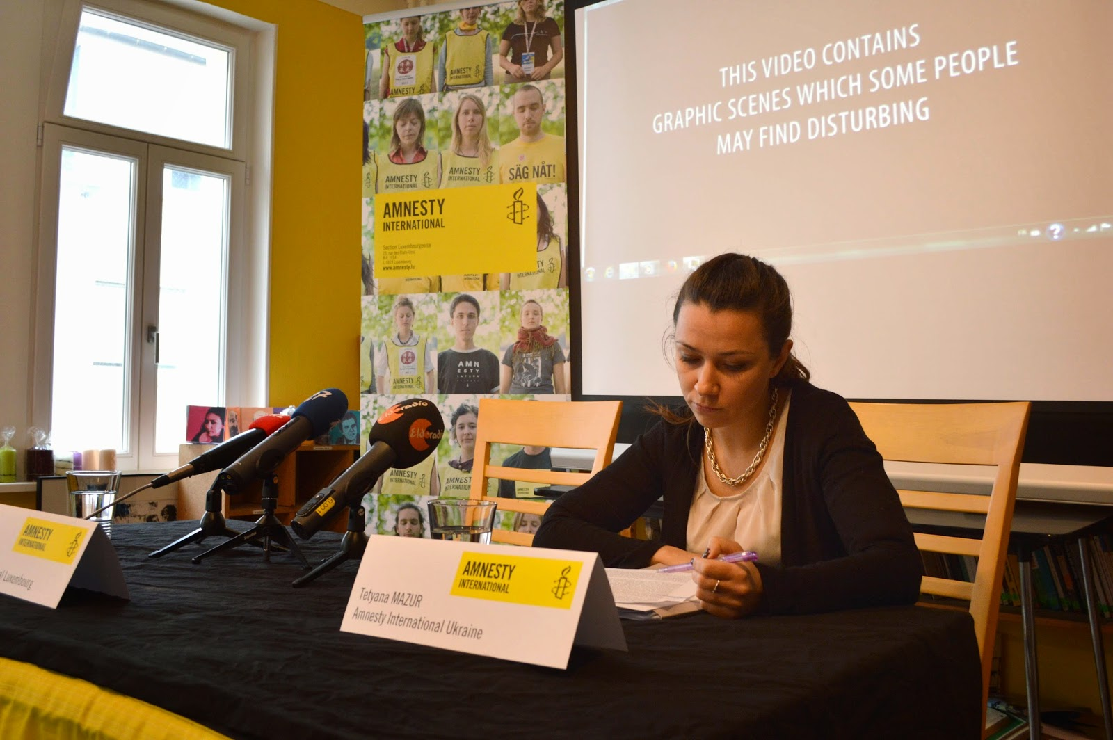 http://amnesty-luxembourg-photos.blogspot.com/2014/03/press-conference-with-tetyana-mezur.html