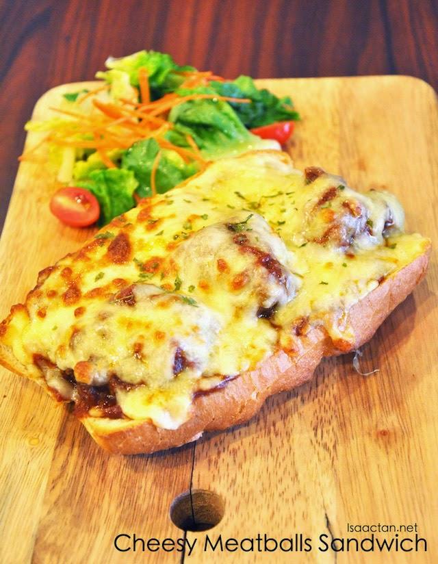 Cheesy Meatballs Sandwich - RM14