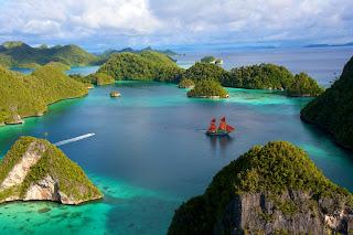 Pulau Wayag, Raja Ampat, Diving in Raja Ampat