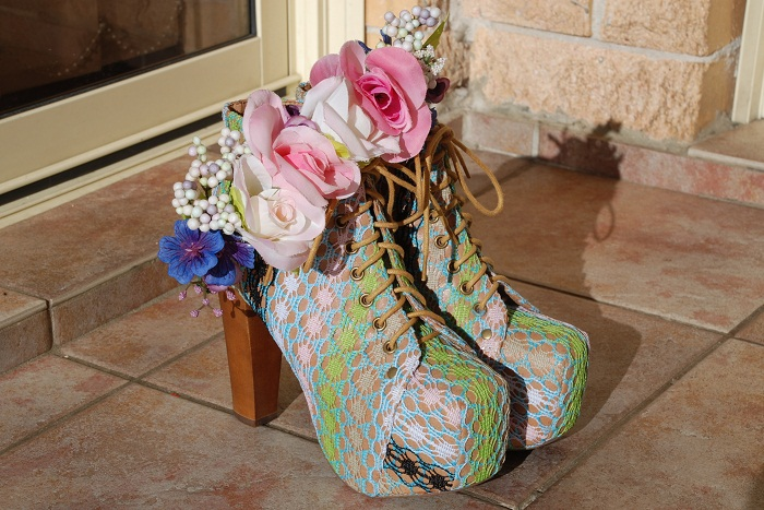 Jeffrey Campbell, Lita, heel, shoe, pastel, crochet, flower, floral, crown