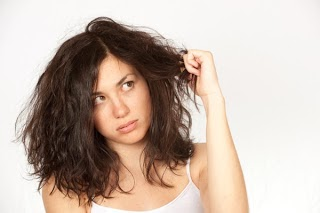 How to Cope with Dry Hair With Natural Ingredients