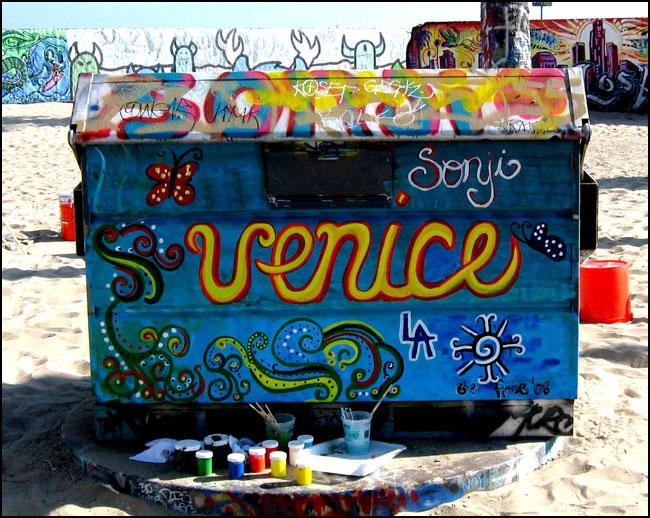 Venice Beach Public Art Walls - Legal - Free Graffiti Supplies