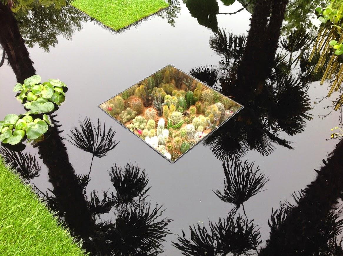 John Grimshaws Garden Diary: Snaps from Chelsea 2012