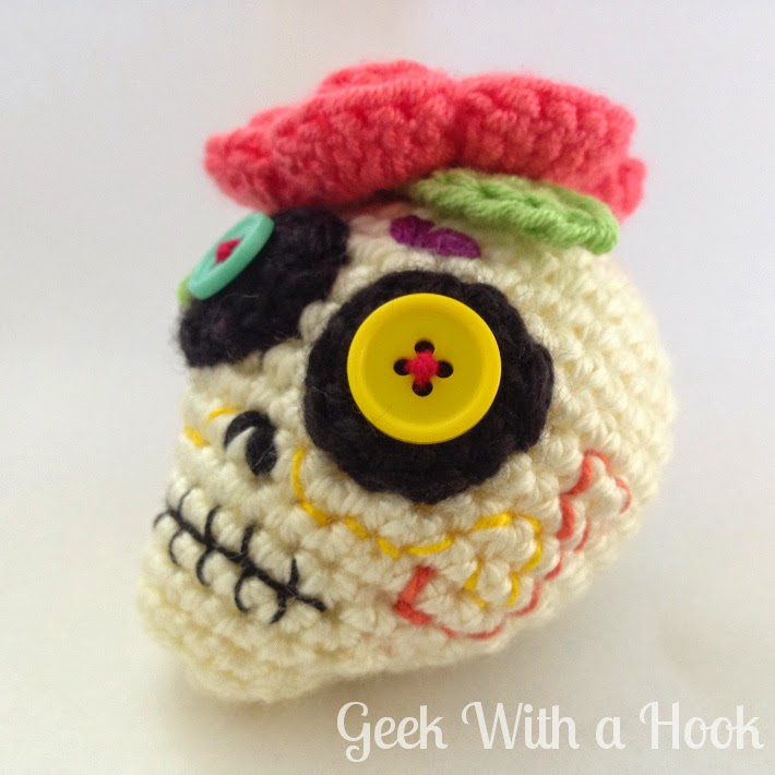 Free Crochet Pattern Of The Day : Geek With a Hook: Day Of The Dead Sugar Skull Free ...