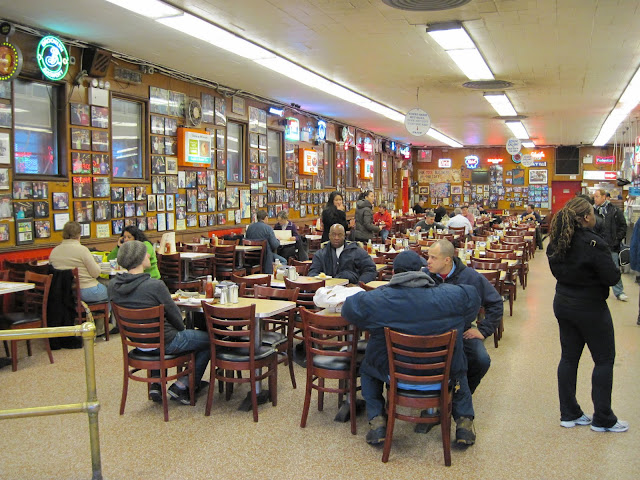 Katz&#8217;s Delicatessen New York City Lower East Side Interior