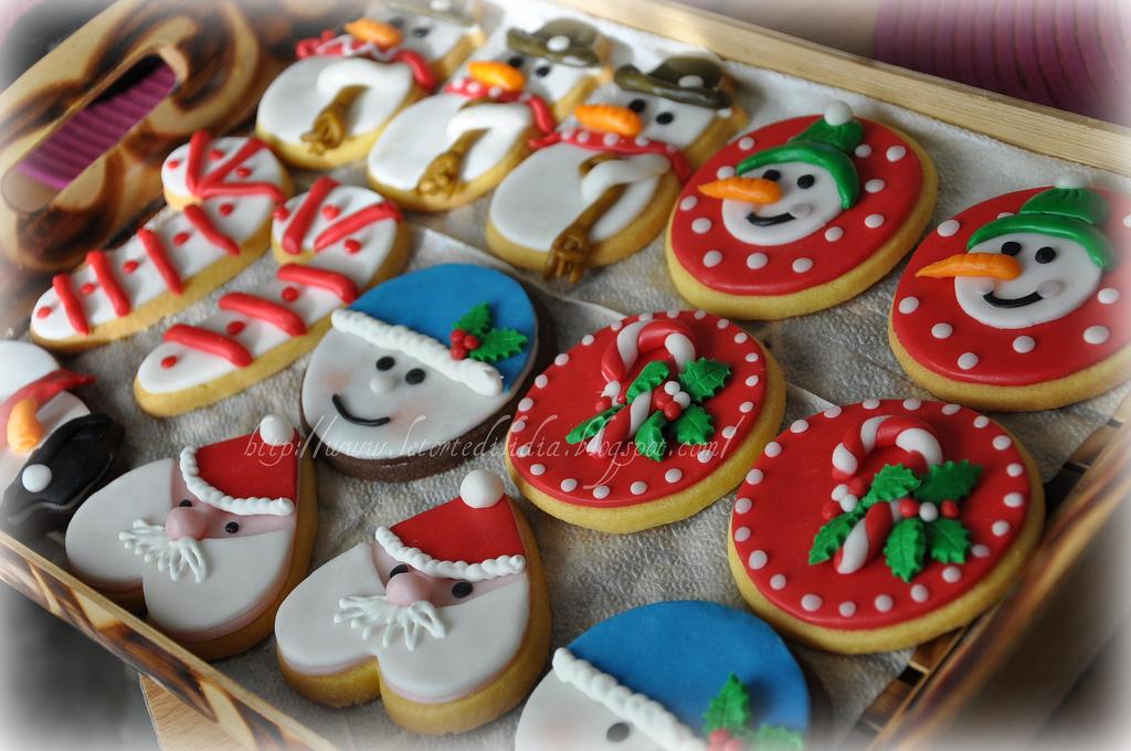Il dolce mondo di lidia dolci momenti per un dolce - Decorazioni natalizie per dolci ...