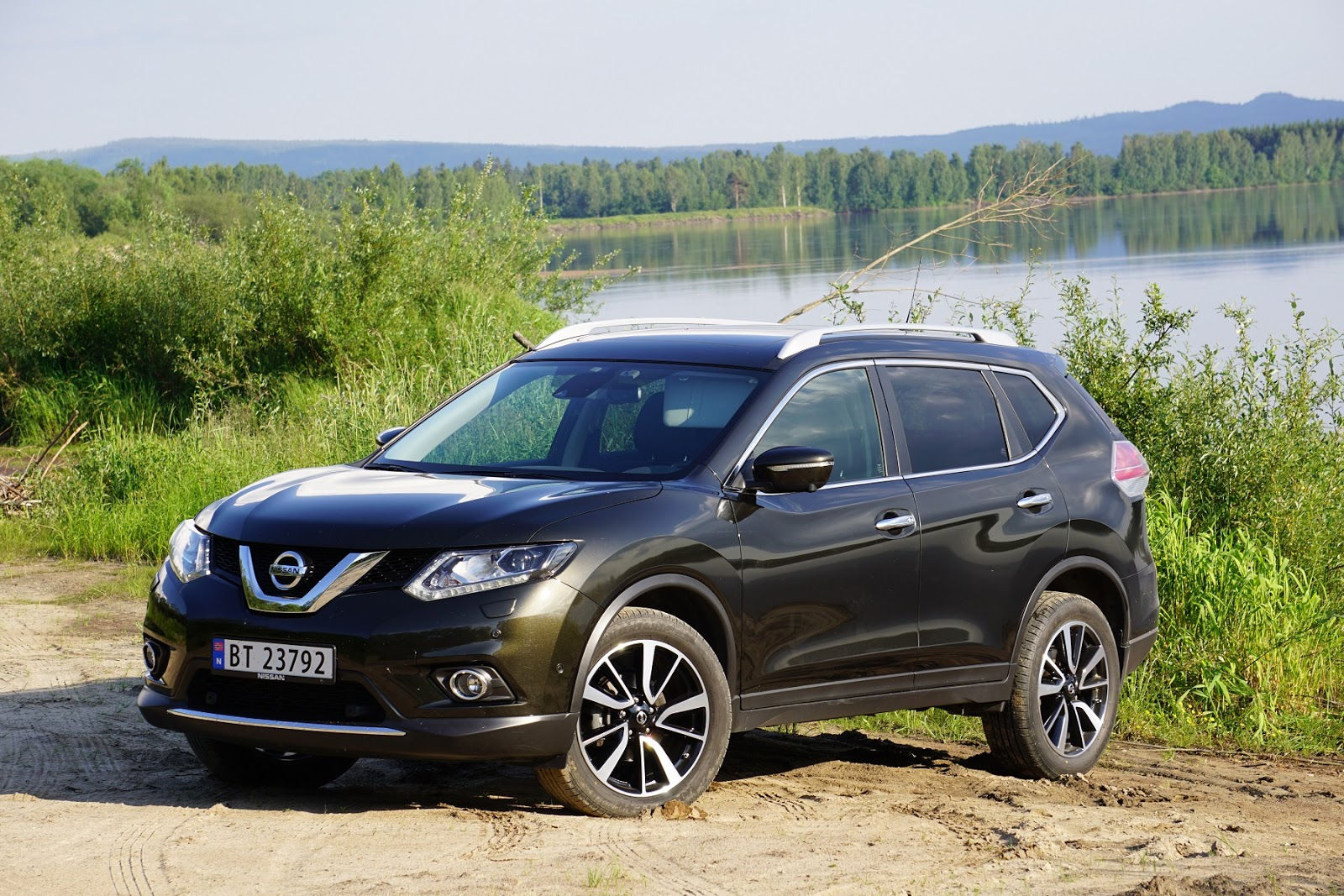 test nissan x trail 4x4 dci 130 tekna bil og motorbloggen. Black Bedroom Furniture Sets. Home Design Ideas