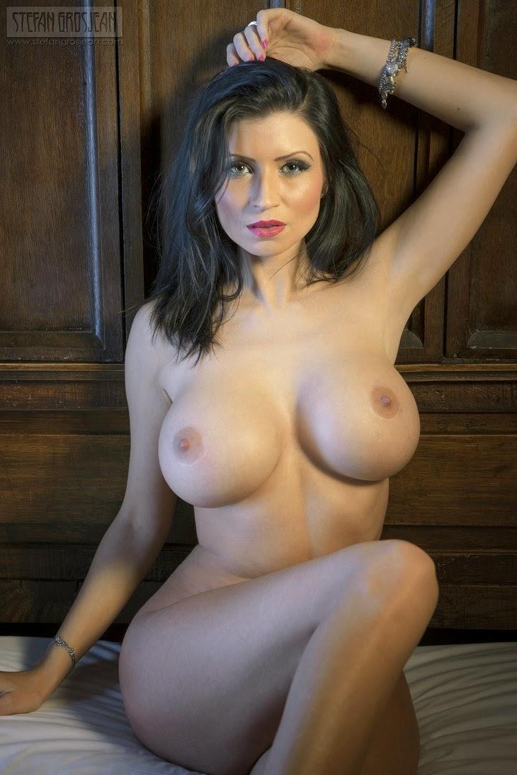 golie-zheni-v-porno