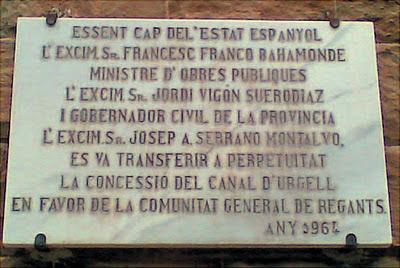 Placa commemorativa a Lleida, escrita en català